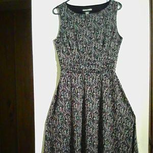 Dressbarn Black & White Size10